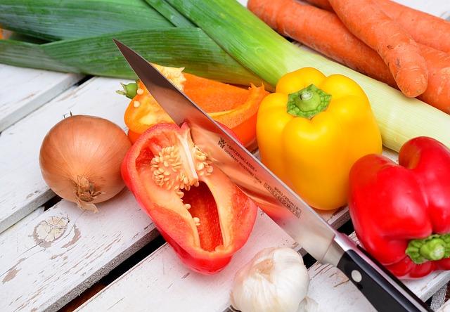 Koľko denne prijať bielkovín, sacharidov, tukov a vlákniny? Fit Life Športová výživa